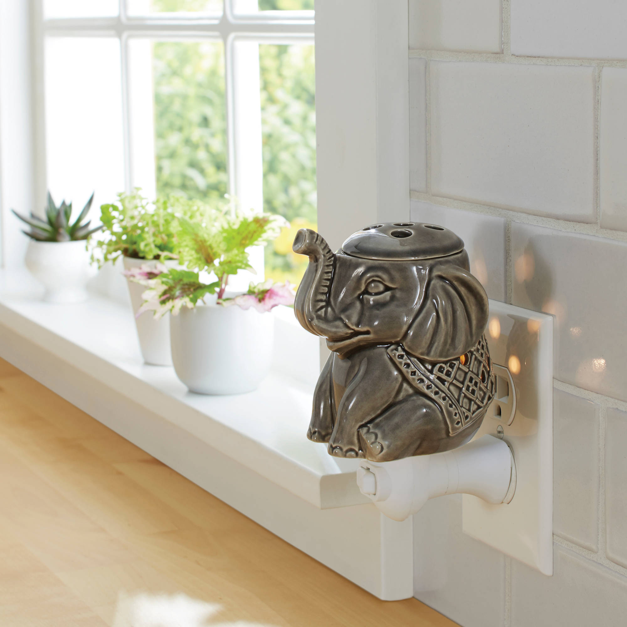 Better Homes and Gardens Accent Wax Warmer Elephant