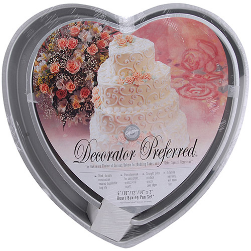 Wilton Decorator Preferred Cake Pan Set, Heart 4 ct. 2105-606