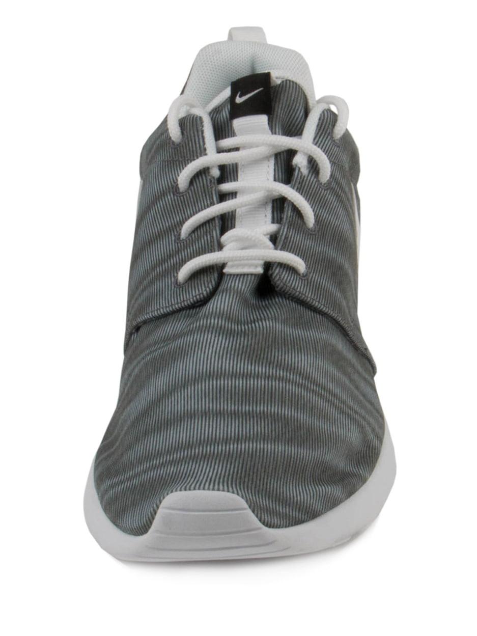 Nike Women's Roshe One Print Running Shoe