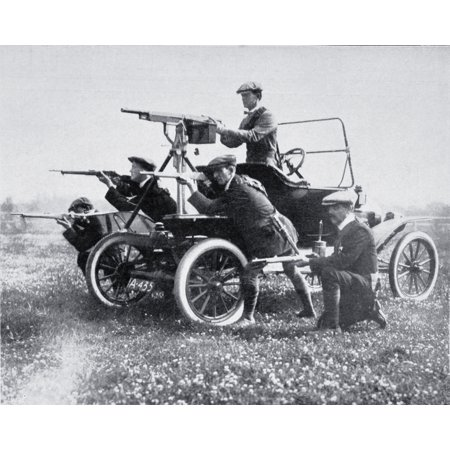Members Of The Ulster Volunteer Force With Mobile Machine Gun Photographed In 1914 During The Home Rule Crisis From La Esfera 1914 Stretched Canvas - Ken Welsh  Design Pics (16 x 13) (Photo Machine)