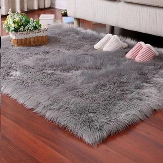Faux Fur Rug Tayyakoushi Soft Fluffy Rug Shaggy Rugs Faux Sheepskin Rugs Floor Carpet for Bedrooms Living Room Kids Rooms Decor 2.3ft*3ft