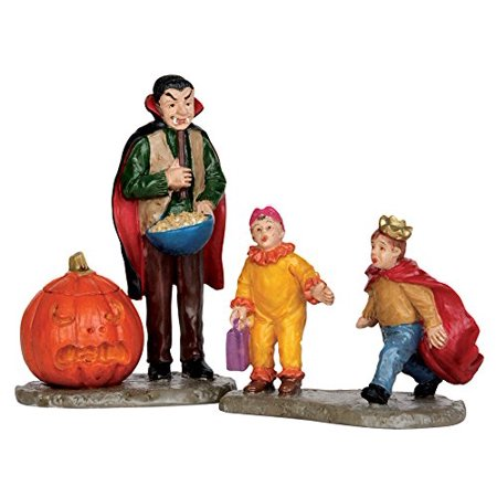 Spooky Town Scaring Trick Or Treaters Set of 2 # 52314, 2015 By Lemax Ship from US - Scare Trick Or Treaters