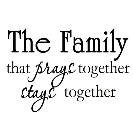 VWAQ The Family that Prays Together Stays Together Christian Religious Vinyl Wall Art Decal Quote Home Decor