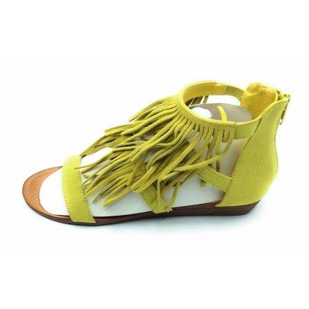 Yellow Women Sandal (Madden Girl Womens Acee Citron Fringe Flat Sandal Open Toe Yellow Size 7)