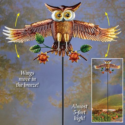 Collections Etc Animated Flying Owl Decorative Garden Stake for Outdoors, Metal Yard Art, Lawn Ornament
