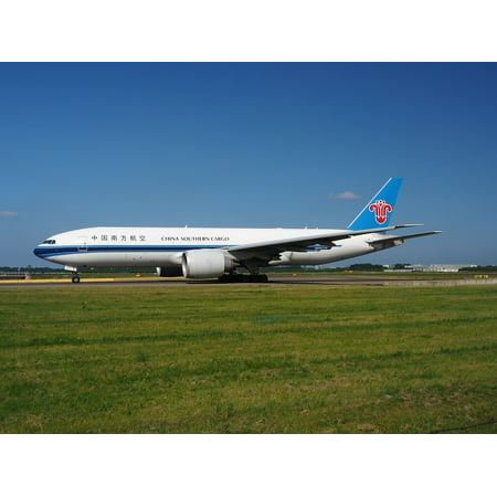United Airlines Aircraft Types (Canvas Print Boeing 777 Airplane China Southern Airlines Aircraft Stretched Canvas 10 x 14)