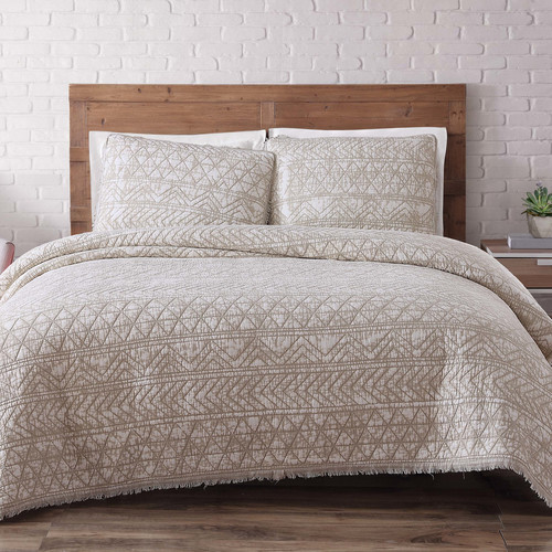 Gallery Mistana Fontaine Quilt Set