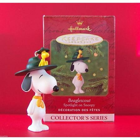 Hallmark Keepsake Ornament Beaglescout Snoopy Qx6085