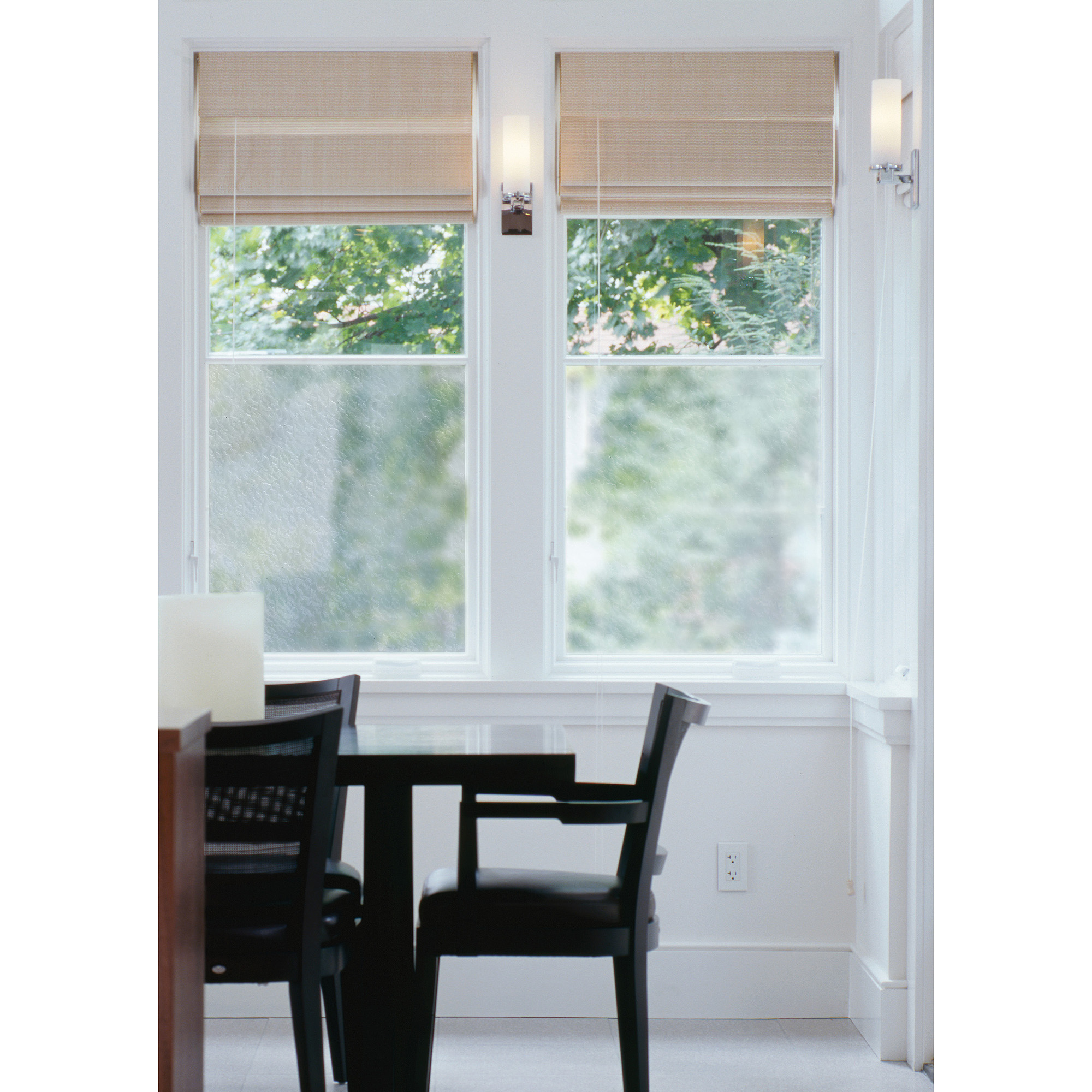 Brewster Moire Peel and Stick Window Film