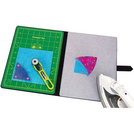 Omnigrid Cutting Mats - Omnigrid Tote-Size Foldaway Portable Cutting & Pressing Station