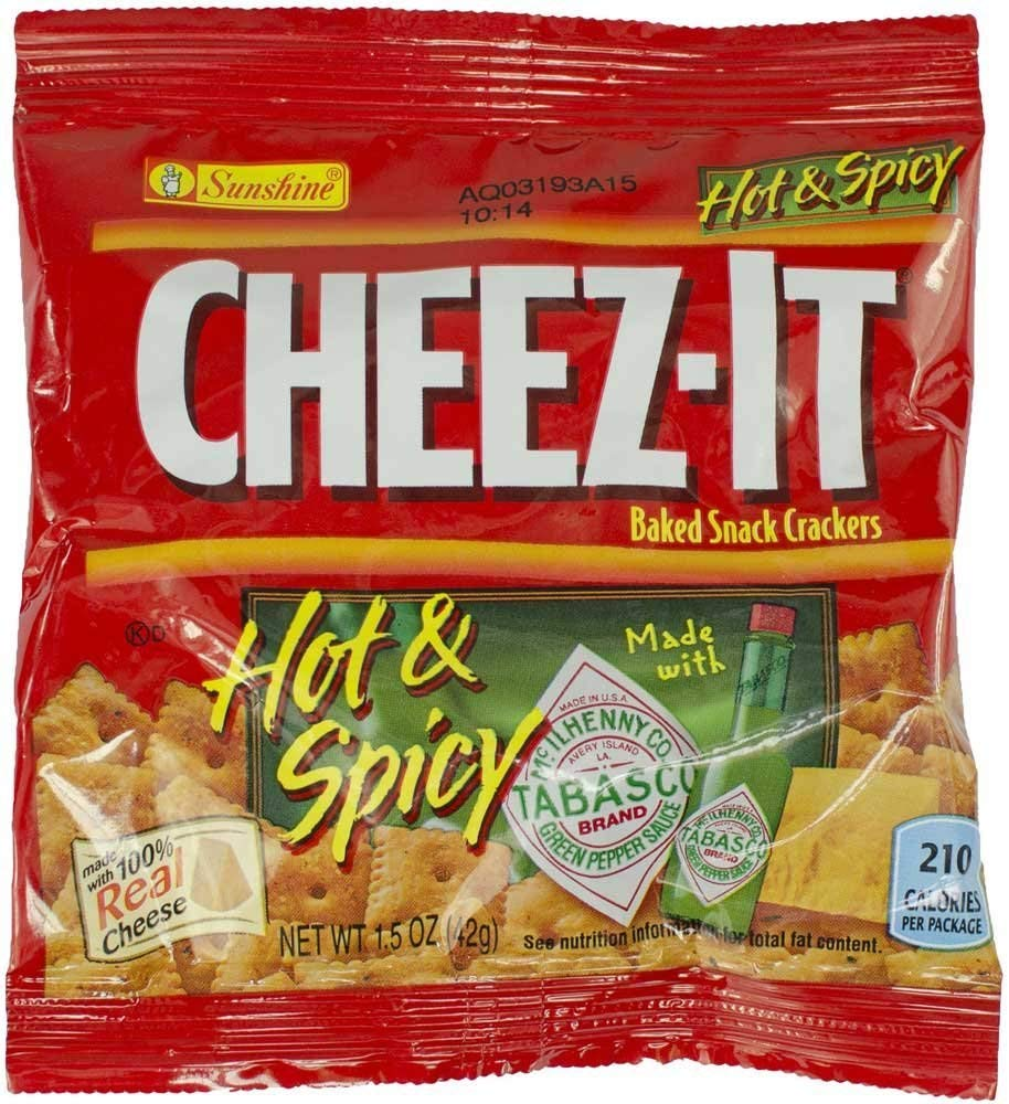 60 PACKS : Cheez-It Hot and Spicy Crackers - 1.5 oz. bag, 60 per case