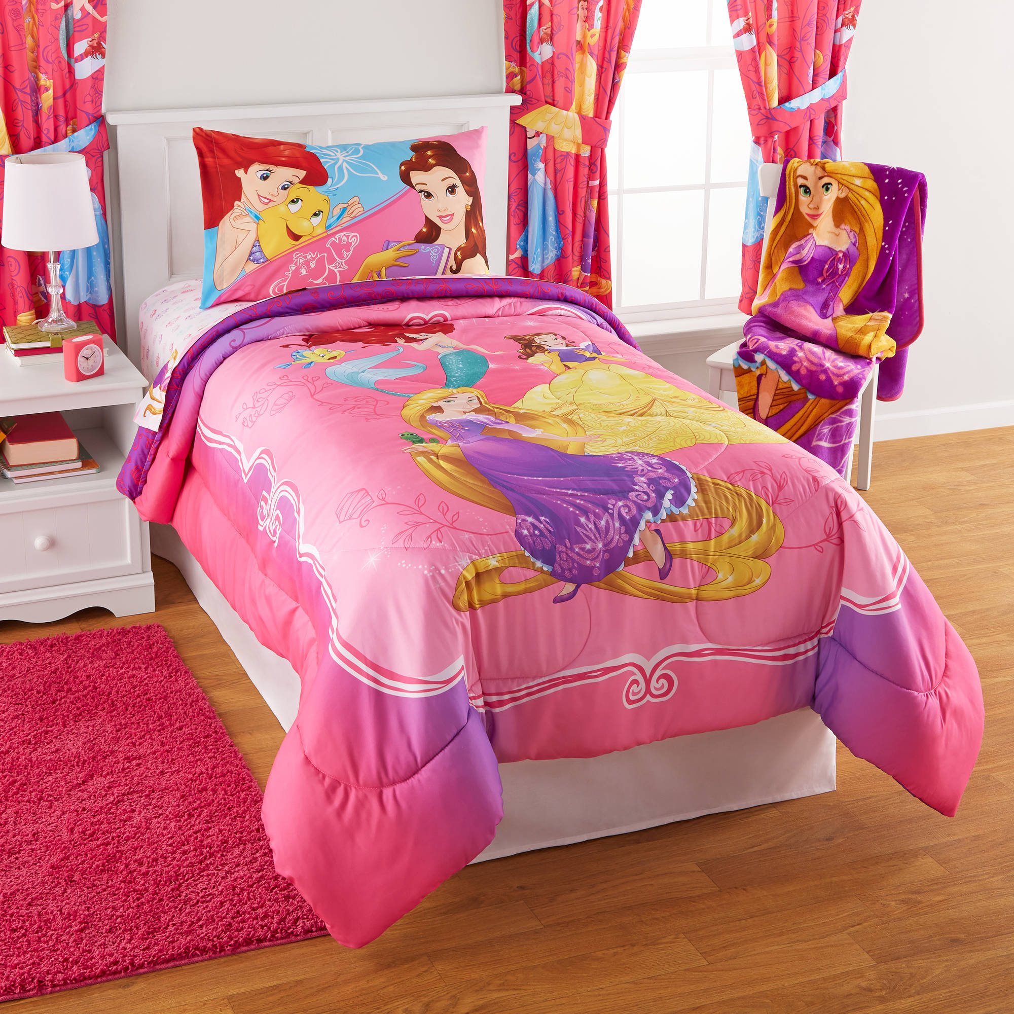 Disney Princess Bedazzling Princess Reversible Twin Full Bedding