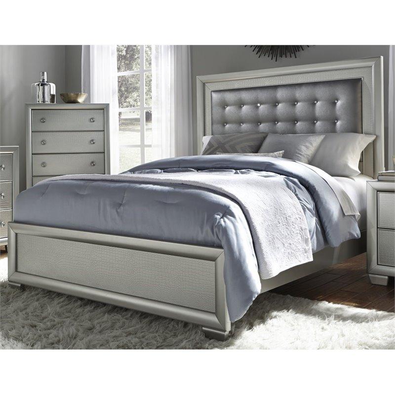 Samuel Lawrence Celestial Upholstered King Panel Bed in Silver