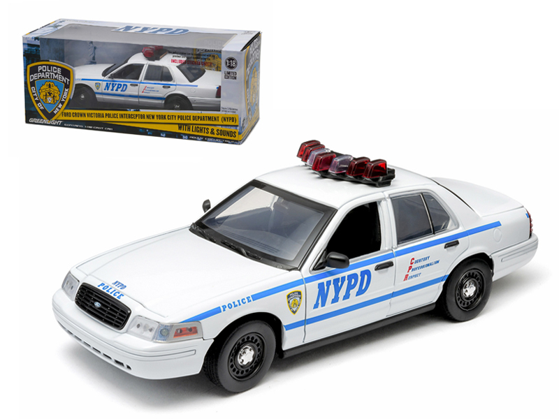 2001 Ford Crown Victoria NYPD White Car Interceptor With Lights and Sounds 1 18 Diecast Model Car by... by GreenLight
