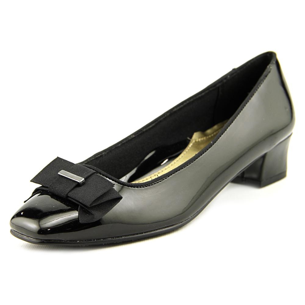 Soft Style by Hush Puppies Sharyl Women  Square Toe Synthetic Black Heels