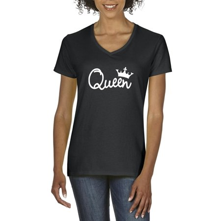 Artix Queen Crown White Matching Couples Gift Set w King Fathers Day Mothers Day Mom Mommy Gift for Her Women V-Neck T-Shirt Tee Clothes