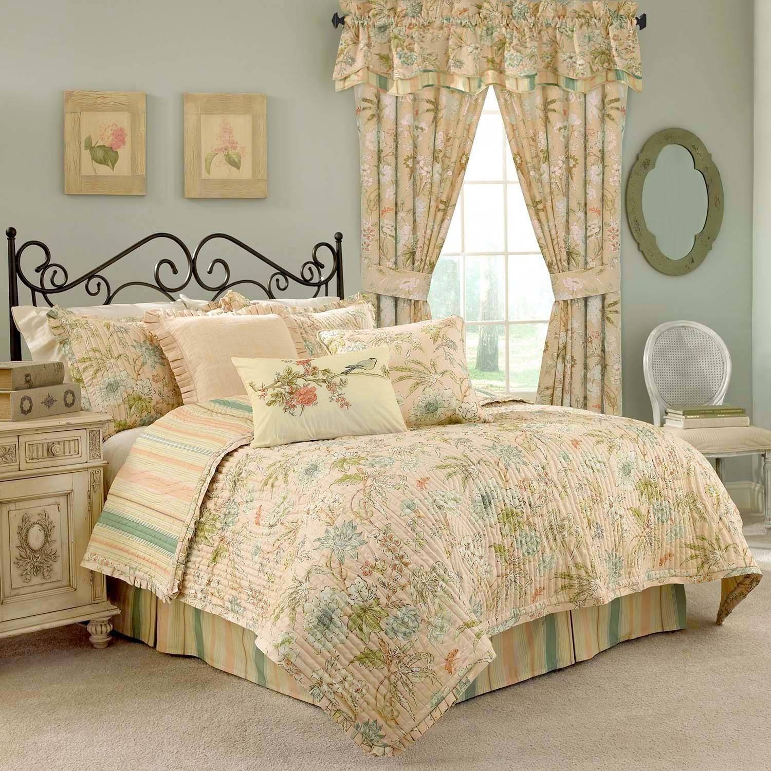 Waverly Cape Coral Twin Quilt Set