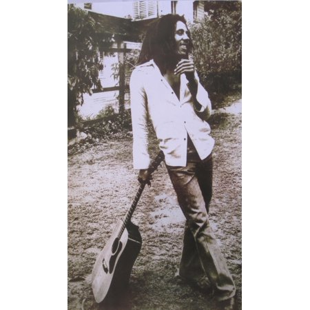 Bob Marley Leaning Leaning On Guitar Poster Poster covid 19 (Bob Marley Tapestries coronavirus)