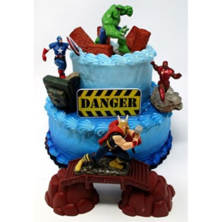AVENGERS Deluxe Super Hero Birthday Cake Topper Set Featuring Avenger Figures and Decorative Themed Accessories (80s Themed Cakes)