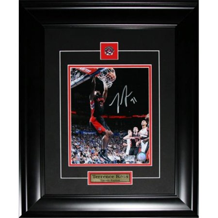 Midway Memorabilia terrenceross_8x10_signed Terrence Ross Toronto Raptors signed 8 x 10 frame by