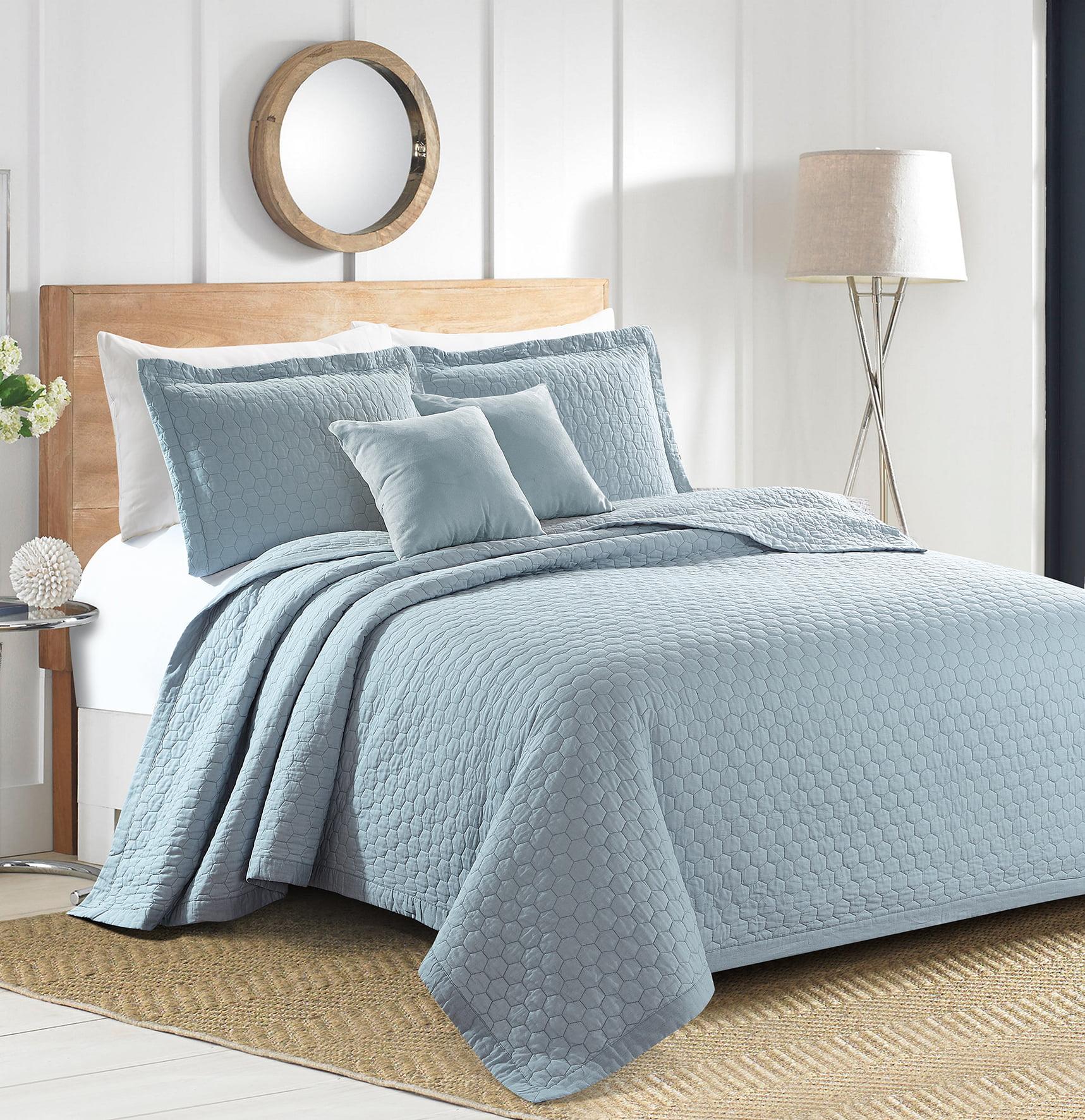 Sherry Kline Rombo Embroidered 3-piece King Light blue Cotton Quilt Set