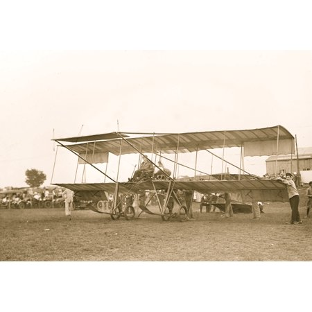Sportsmans Trophy - In 1926 Clifford B Harmon a wealthy sportsman and aviator established three international trophies to be awarded annually to the worlds outstanding aviator aviatrix and aeronaut A fourth trophy was la