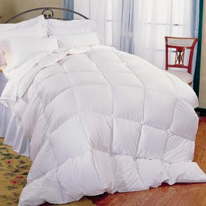 Pillowtex Classic Weight Down Alternative Twin Size Comforter