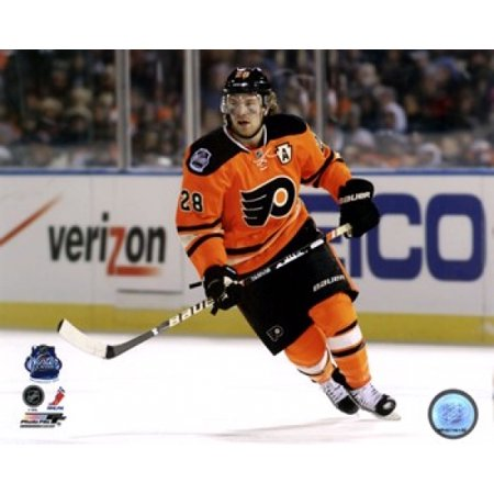 finest selection 4d345 9c7a7 Claude Giroux 2012 NHL Winter Classic Action Sports Photo