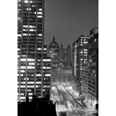 USA New York State New York City Grand Central area with Park Avenue ramp on Park Ave to Grand Central Station night Stretched Canvas -  (18 x 24)](Party City Central Ave)