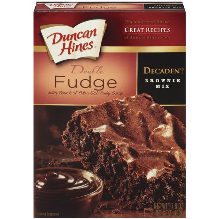 (4 Pack) Duncan Hines Decadent Double Fudge W/Pouch of Extra Rich Fudge Syrup Brownie Mix, 17.6 oz