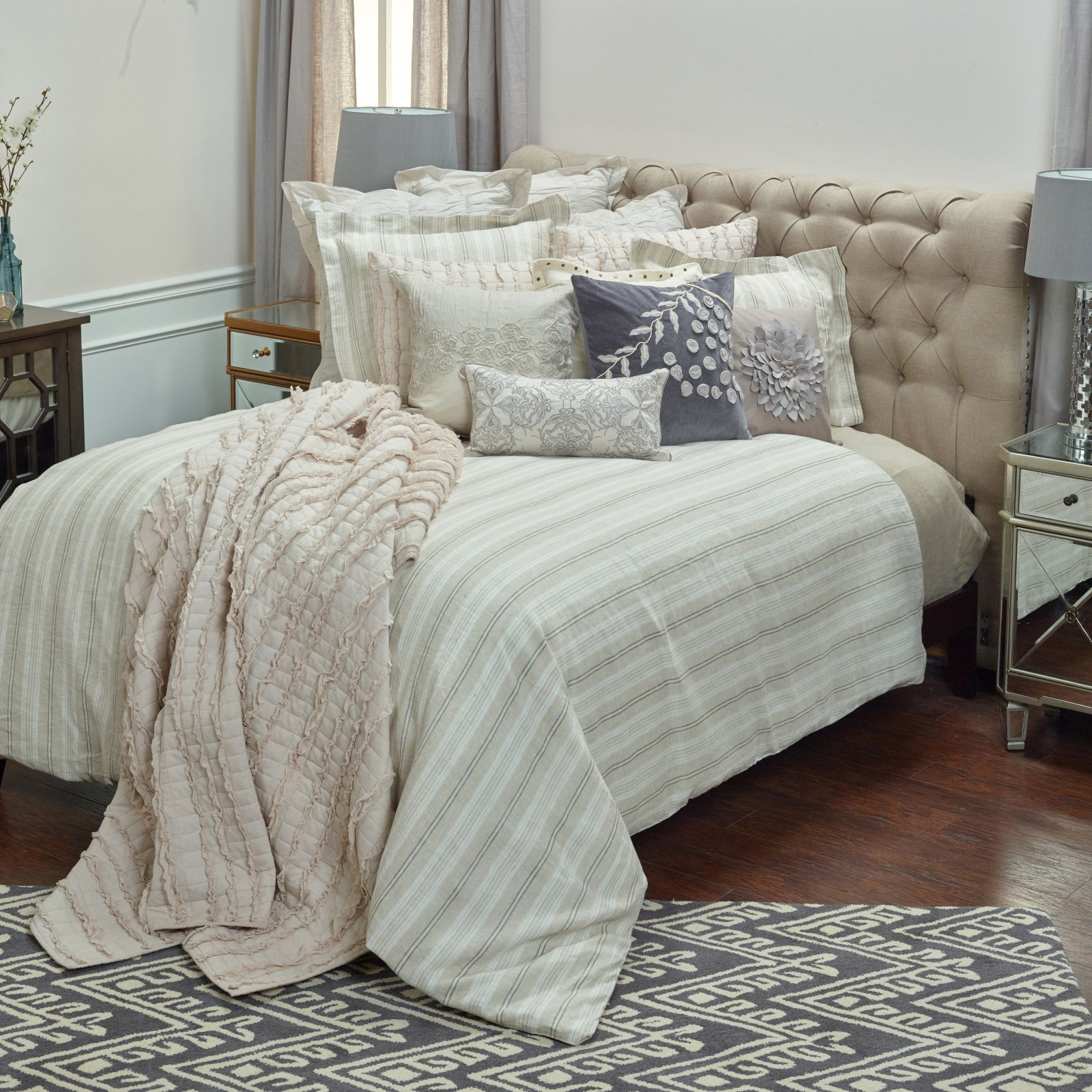 Rizzy Home Adeline Ivory Linen Duvet Bedding Cover, King