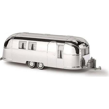 Busch HO Scale 1958 Airstream Aluminum Camping Trailer - Assembled - Silver