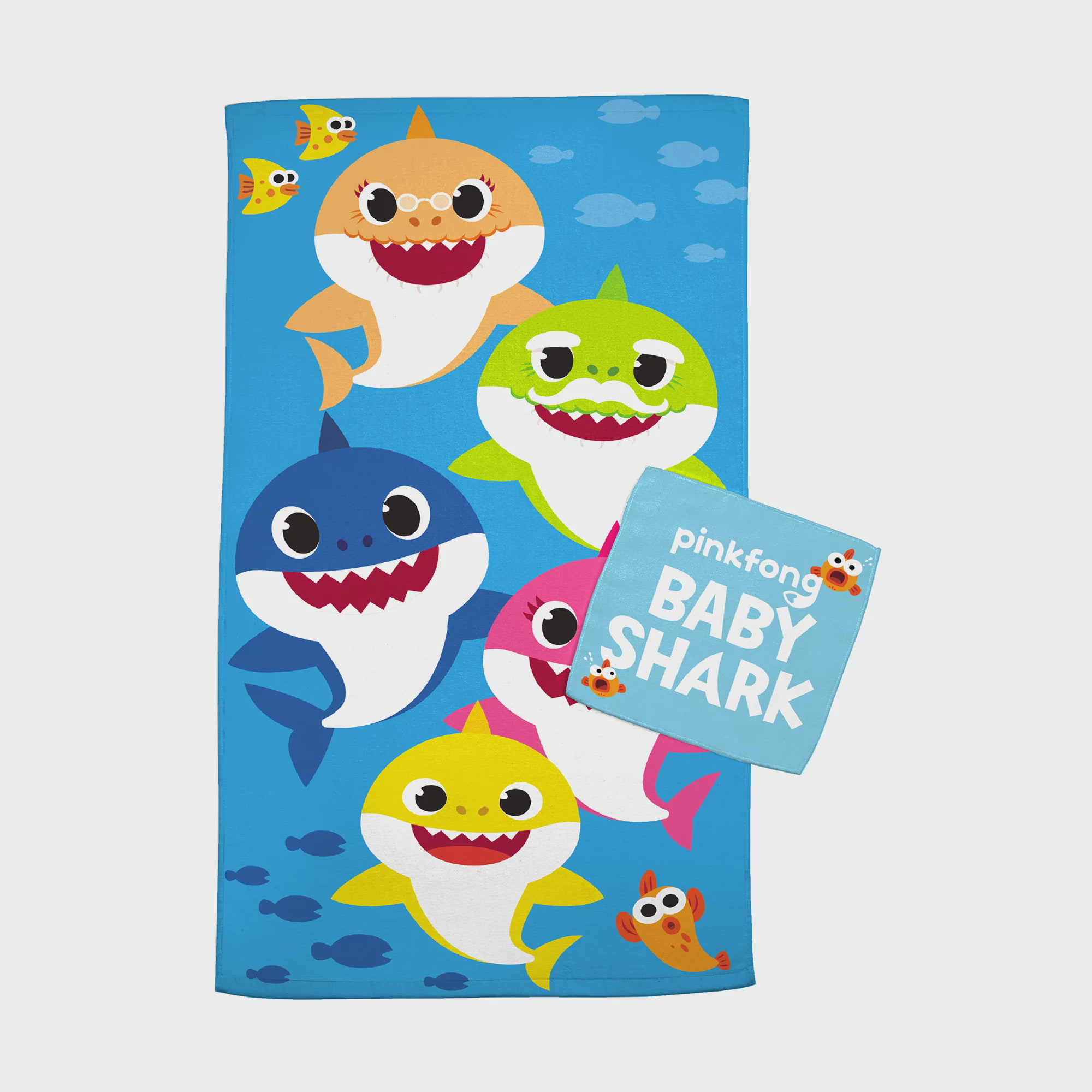 BOYS AND GIRLS BRAND NEW CHILDRENS BEACH TV CHARACTERS BATH TOWELS