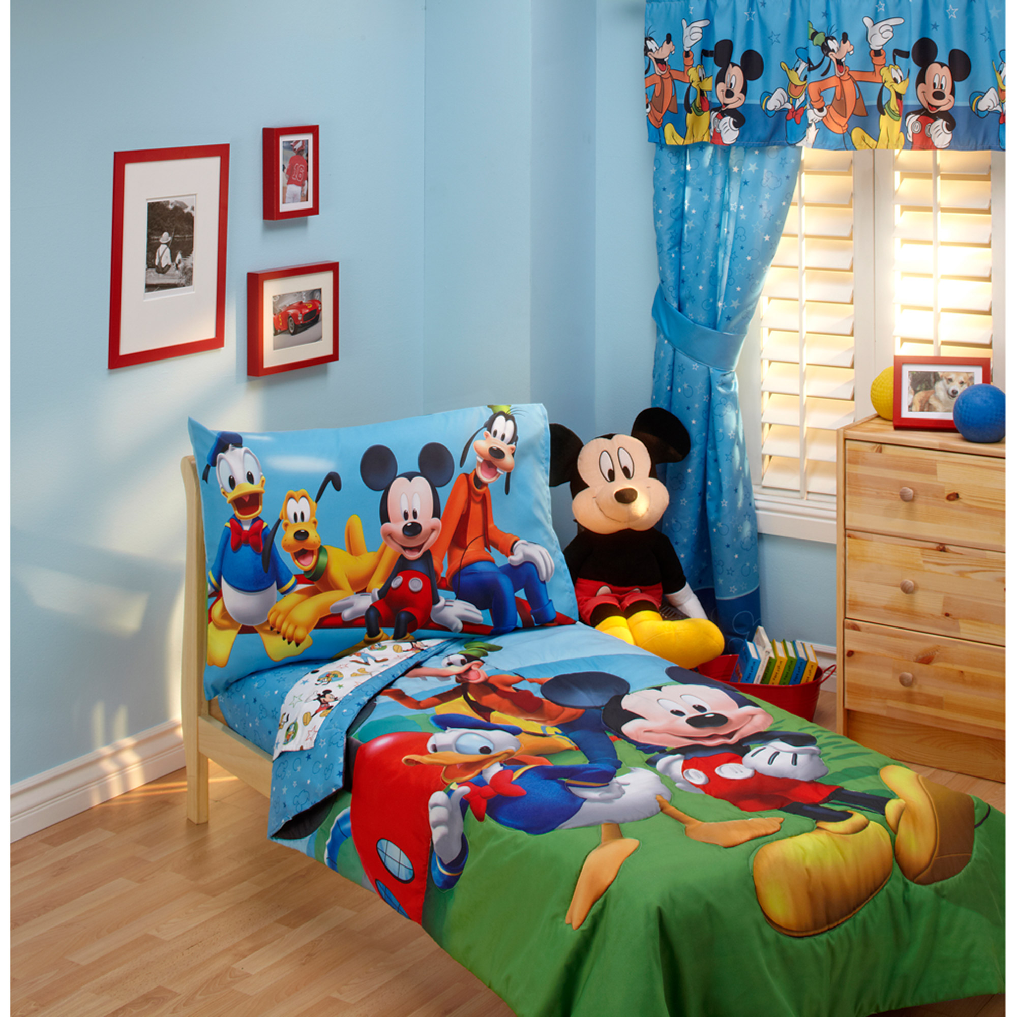 disney mickey mouse playground pals 4pc toddler bedding set rh walmart com mickey mouse themed toddler room mickey mouse toddler room in a box