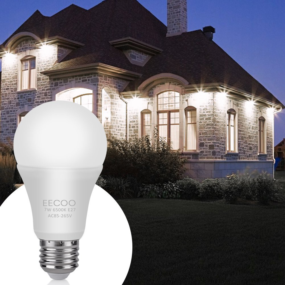 EECOO Dusk to Dawn Light Bulb,7W Smart Sensor LED Bulbs Built-in Photosensor Detection with Auto Switch Outdoor/Indoor Lamp for Porch Patio Garage Basement Hallway(E26/E27,600lum,Cool White,2pack)