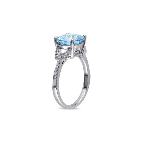 4.50 Carat (ctw) Swiss Blue Topaz Ring in 14K White Gold with Diamonds 1/6 Carat (ctw) - image 1 de 4