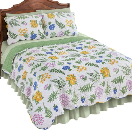 Fern Garden Floral Reversible Lightweight Quilt with Vermicelli Stitching and Scalloped Edges - Solid Sage Green Color on Quilt Reverse Side, Full/Queen, Multi