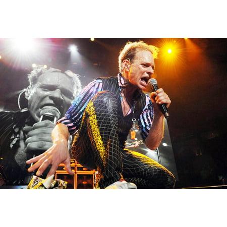 c32bffb5483 David Lee Roth Van Halen In Concert 24X36 Poster - Walmart.com