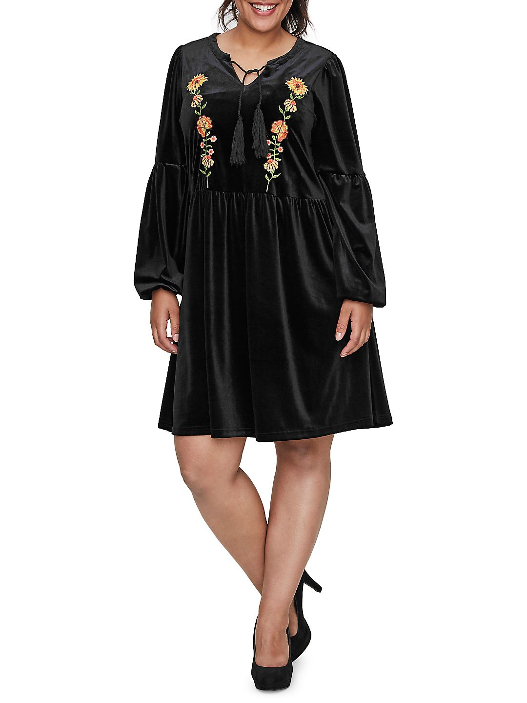 Plus Rosalia Long-Sleeve Shift Dress