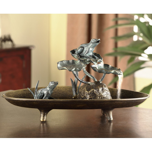 SPI Home Frog Couple Table Fountain Figurine