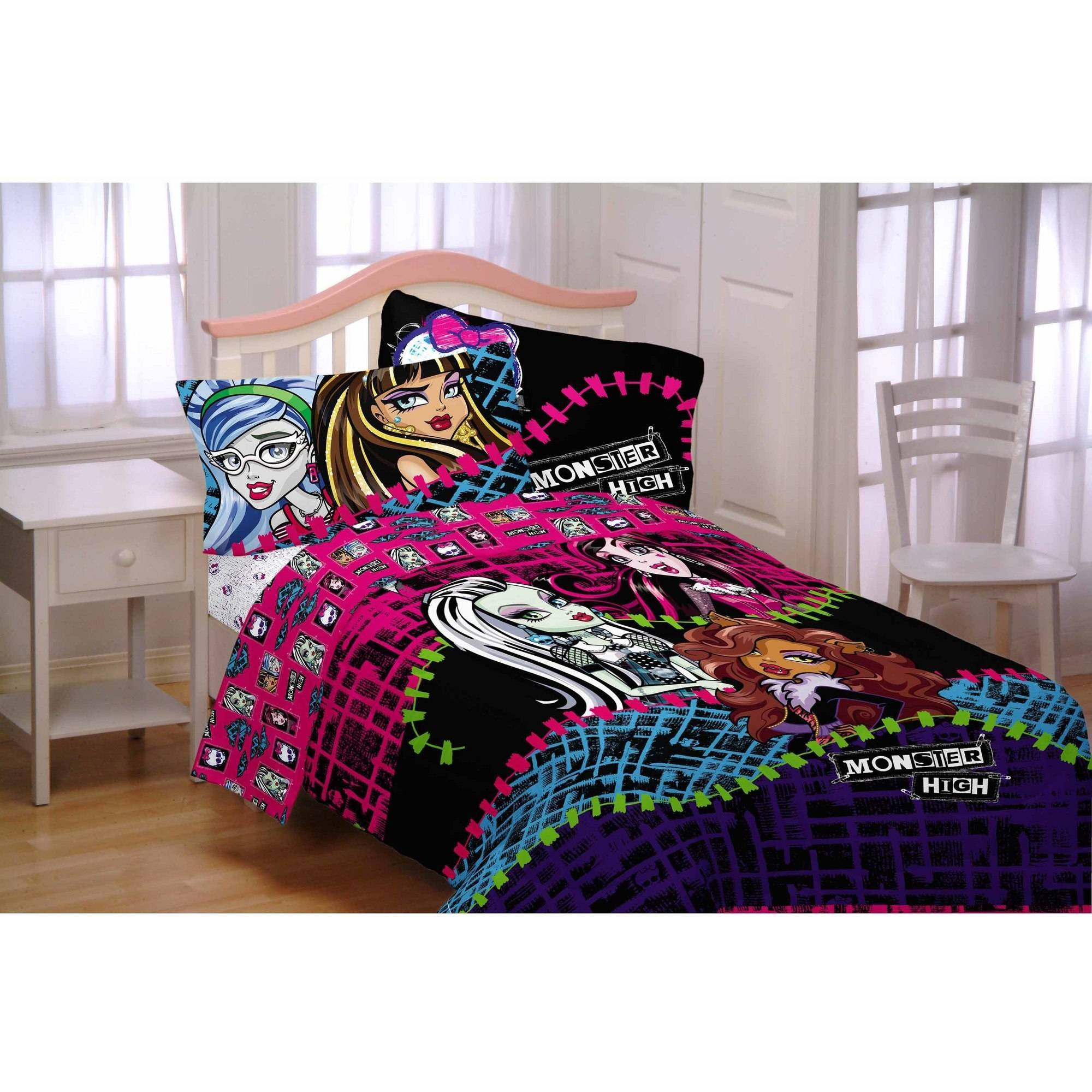 Charmant Monster High All Ghouls Allowed Bed In Bag Bedding Set   Walmart.com