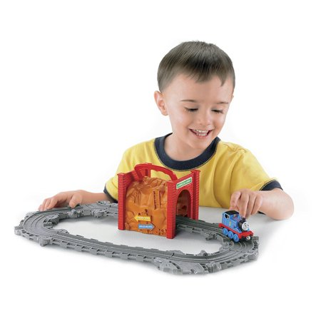 Thomas the Train: Take-n-Play Tidmouth Tunnel Playset