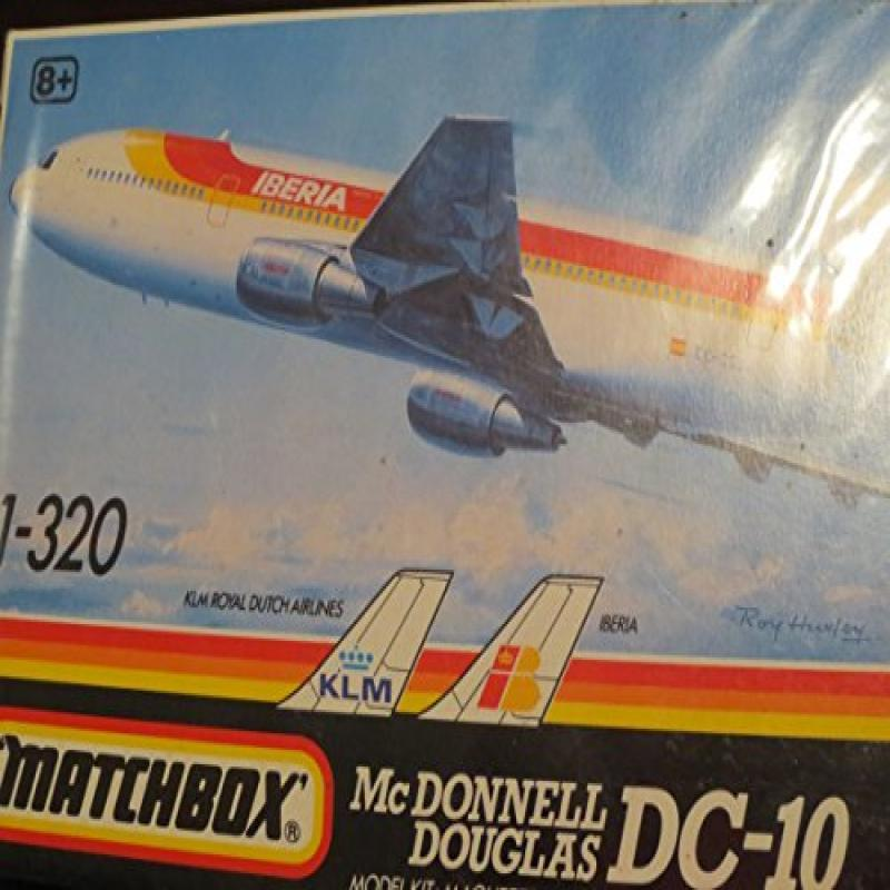 McDonnell Douglas DC-10 1-320 Model Airplane Kit by