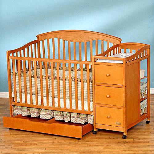Simplicity - Christina 4-in-1 Convertible Crib N Changer Combo Unit
