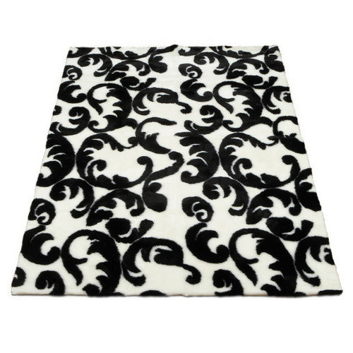 Walk On Me Modern Black/White Area Rug