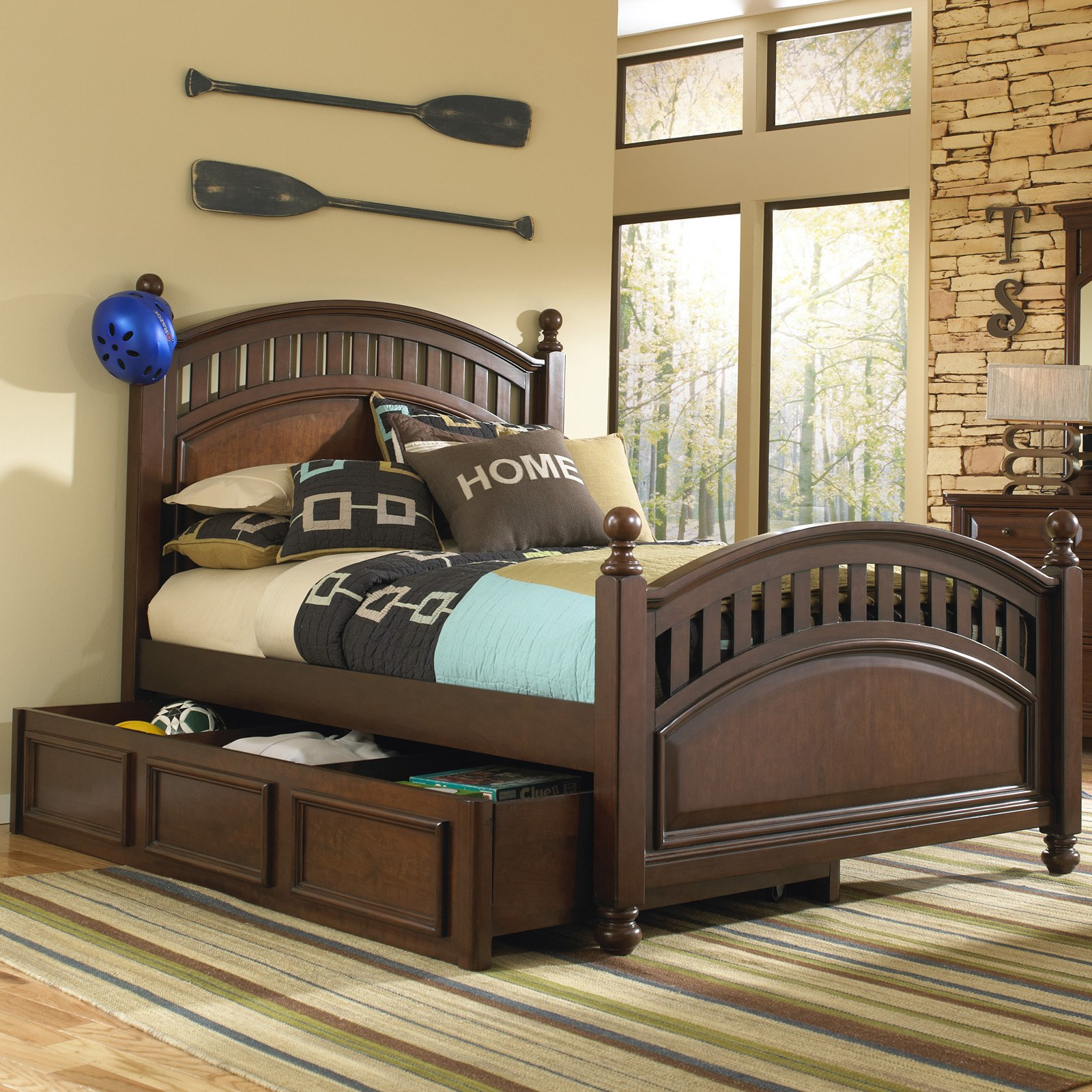 Expedition Poster Bed Cherry by Home Meridian International Inc