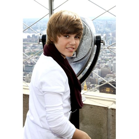 Justin Bieber In Attendance For Empire State Building Lighting For JumpstartS 4Th Annual National Read For The Record Day Empire State Building New York Ny October 8 2009 Photo By Rob KimEverett Colle (Empire State Building Halloween Light Show)