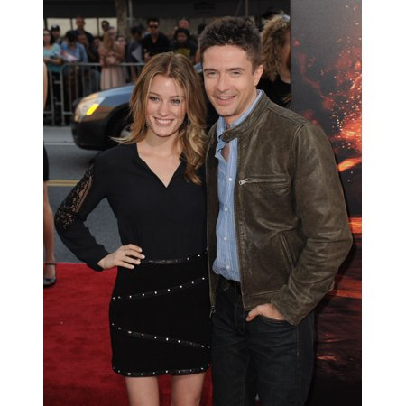 Ashley Hinshaw Topher Grace At Arrivals For American Ultra Premiere The Ace Hotel Downtown Los Angeles Ca August 18 2015 Photo By Dee CerconeEverett Collection Celebrity - Party Supplies Downtown Los Angeles