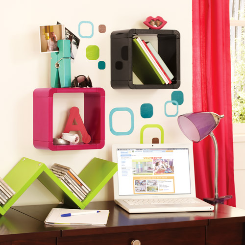 Your Zone Don't Box Me In Decorative Hanging Shelf for Kids