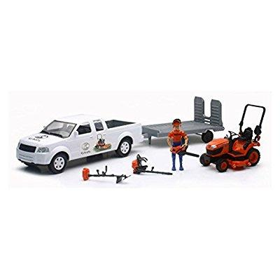 New-Ray Toys Kubota Lawn Mower and Pick Up Truck Set